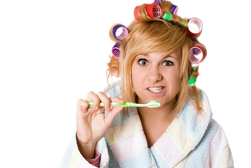 woman bad at brushing teeth